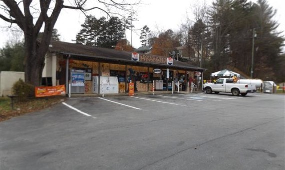 460 Johnston School Road Asheville, North Carolina 28806-9643